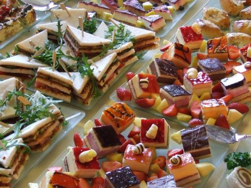 Lunch – High Tea – Borrel
